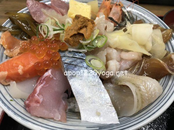 山芳亭上海鮮丼