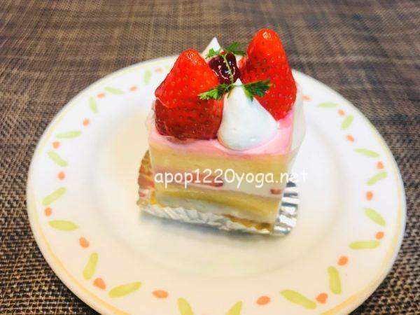 モーツアルトケーキ苺のプリンセス